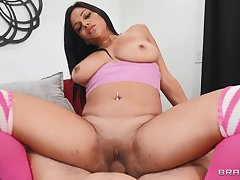 Chubby brunette chick Mona Azar gets fucked hard on the bed