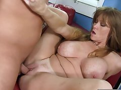Nympho redhead Darla Crane shows old hat modern how to fuck