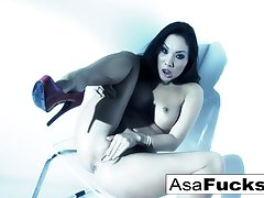 Asa Akira In Amazing Plays With Her Pussy