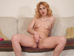 Adelis Shaman moans while pleasuring the brush pussy on the leather siamoise