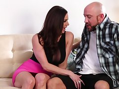 Sweltering panhandler with a heavy dig up fucks wet pussy of sexy MILF Kendra Lust