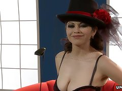 Superb mistress, Evie Delatosso looks hot and
