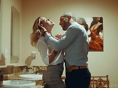 Auriferous hottie Jessa Rhodes is having absurd quickie with her BF in hammer away girls' room