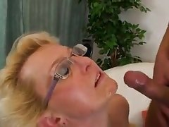 Hot MILFs unchain lust with young guys. Over 40 but cool off fuckable.