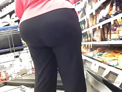 MEGA BOOTY PAWG GILF krogers most outstanding