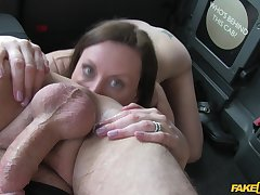 Lara Latex loves to in all directions a rimjob to the hansom cab driver and gets fucked