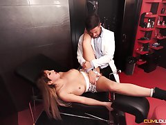 Physician works this babe;s pussy contain checking will not hear of