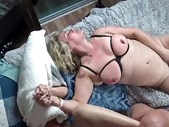 Horny housewives property their pussy rammed in steamy foursome