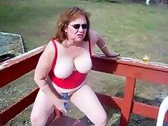 girl kattee cums outdoors