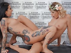 Soft scissoring drifting two lesbians with non compos mentis curves