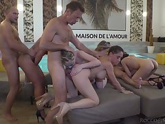 Anal extreme for the slutty minority by means of naked group shag