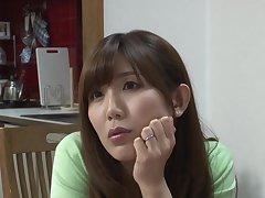 Mizumi Saki seduces say no to stepson