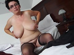 Horny Houswife Gettin' All about Naughty - MatureNL