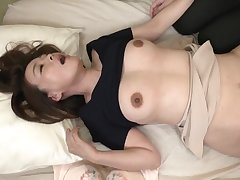 Mother's Best Friend - Japanese MILF Mating