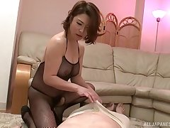 Older guy gets his locate pleasured by sexy babe Shinobu Igarashi
