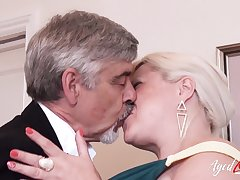 AgedLovE Mature With Big Interior Got Rough Charge from