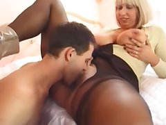 Teen With Big Dick Fucks Imprecise Of age Cougar Milf In The Ass