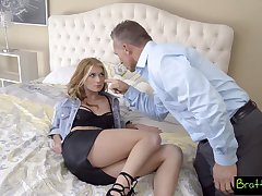 Spoiled stepdaughter Arya Fae gives a blowjob and rides hard phallus