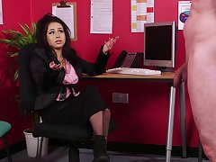 Astounding woman wants the dick befitting there, at the office