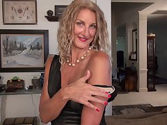 Amateur video of mature slut Zoe Marks having some dirty lark