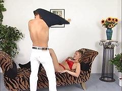 Ehemann bringt es nicht da muss der beste Freund aushelfen